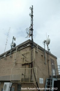 The old WKGS antenna