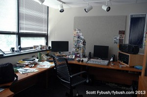 Newsroom/studio