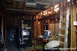 KNSI/KCML transmitter room