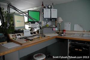 WVAL 800 studio
